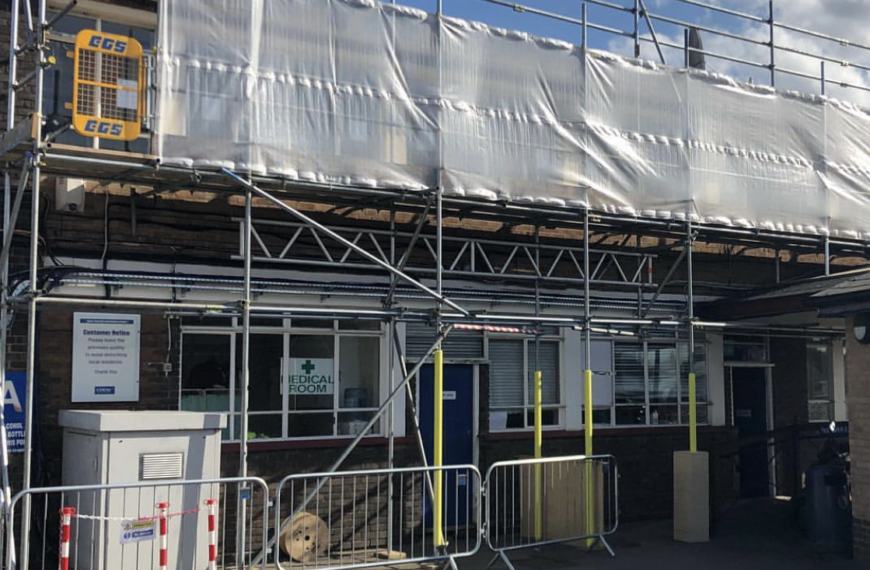 Full Scaffold to property, Romford
